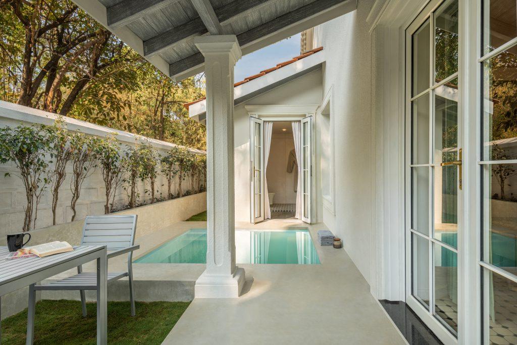 2. MansionHaus Private Pool spotlight agency pr